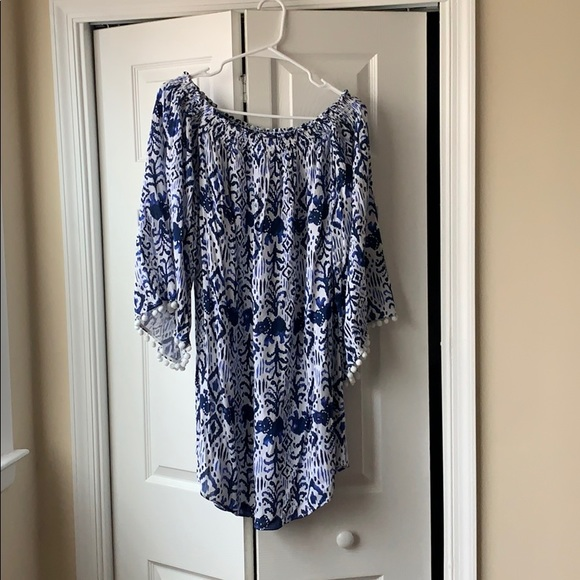 Lilly Pulitzer Dresses & Skirts - Lily Pulitzer off shoulder dress